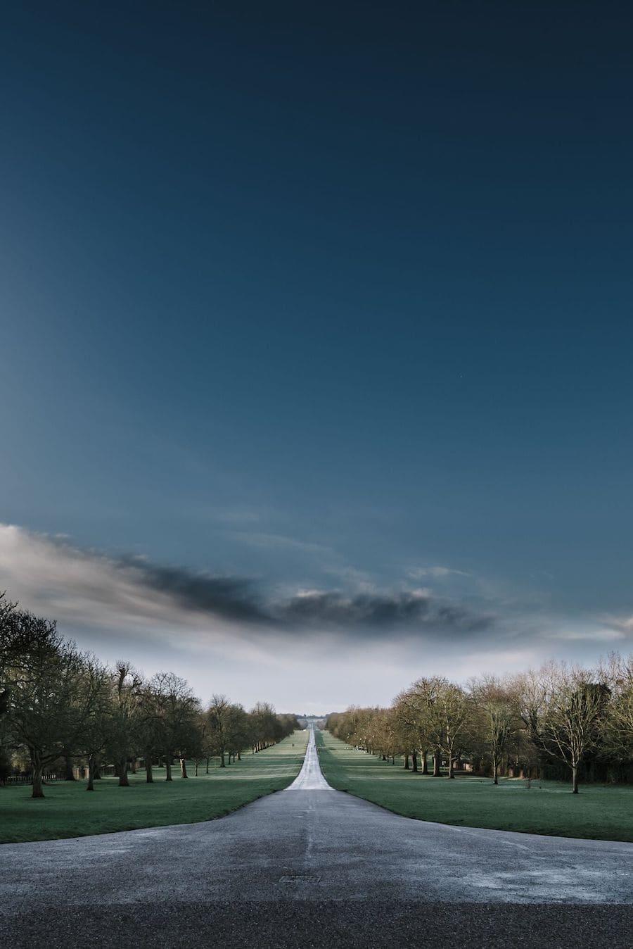 Green walk behind Windsor castle